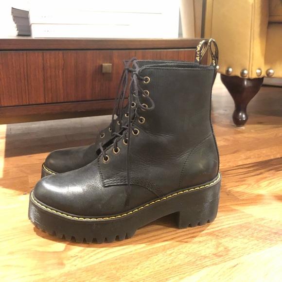 Dr Women's Martens Shriver Hi 8-Eye Ankle Boot in Black Burnished Wyoming